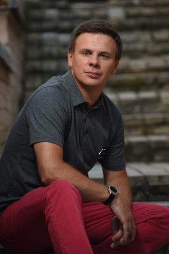 Дмитрий Комаров журналист