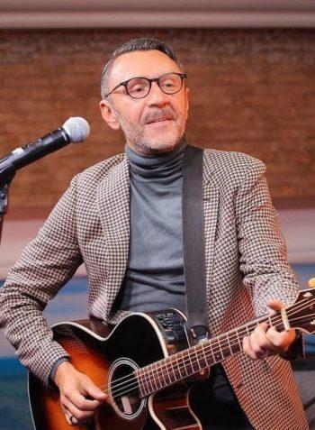 Сергей Шнуров певец и композитор