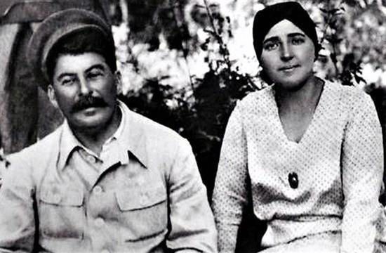 Сталин и Надежда Сергеевна Аллилуева