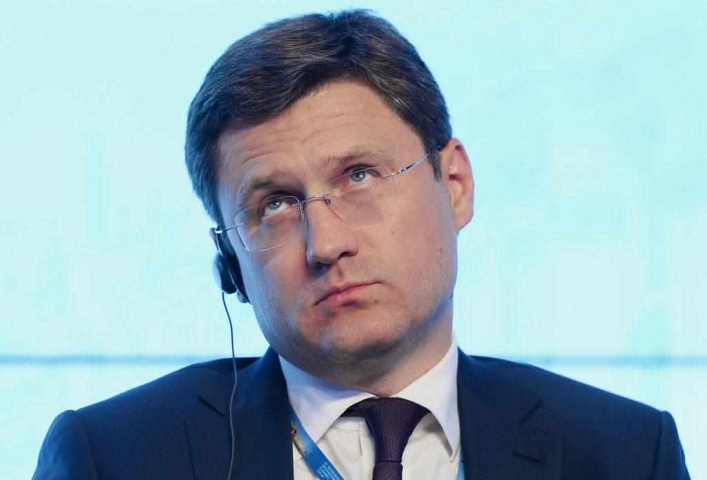 Новак поддержал падение нефти и рост доллара