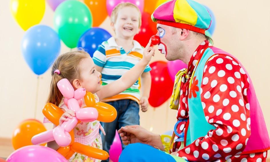 Сколько стоит открыть агентство детских праздников?